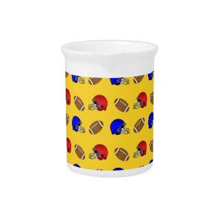 Modelo amarillo de los cascos de fútboles jarron
