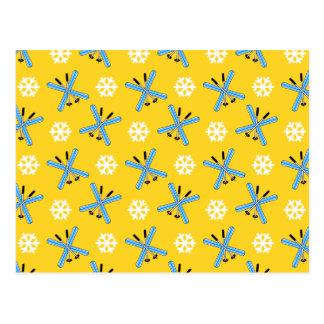 modelo amarillo de los esquís y de los copos de ni tarjetas postales