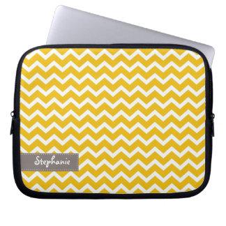 Modelo amarillo de los galones del zigzag funda computadora
