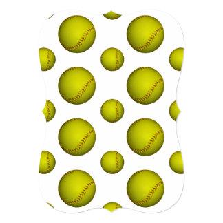 """Modelo amarillo de neón del softball invitación 5"""" x 7"""""""
