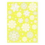 Modelo amarillo del copo de nieve del navidad postal