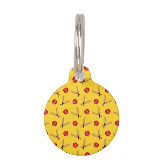 modelo amarillo del grillo placas de mascota