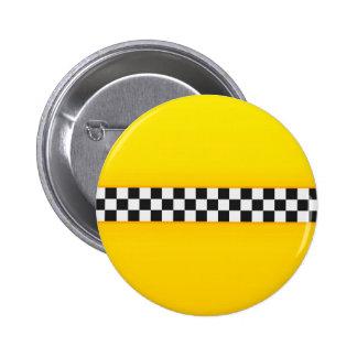 Modelo amarillo del tablero de damas pin redondo de 2 pulgadas