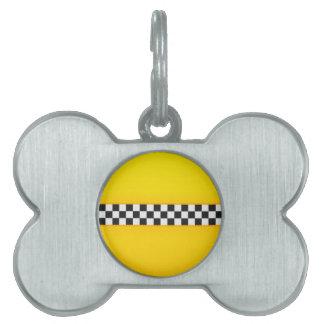 Modelo amarillo del tablero de damas placa de nombre de mascota