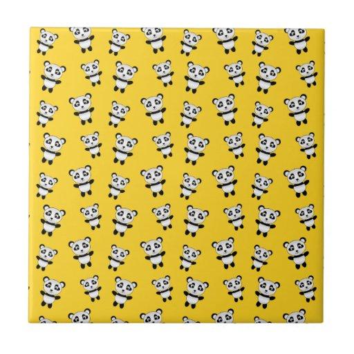 Modelo amarillo lindo de la panda azulejo ceramica