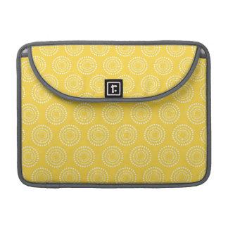 Modelo amarillo lindo de los círculos funda para macbooks