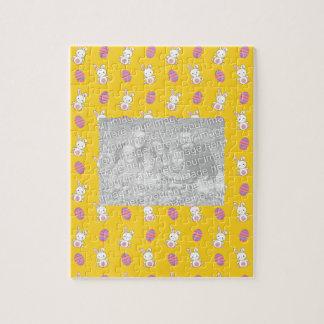 Modelo amarillo lindo de pascua del conejito del puzzles