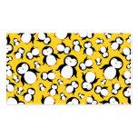 Modelo amarillo lindo del pingüino tarjetas personales