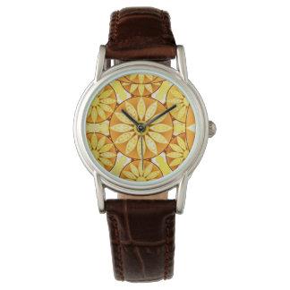Modelo, amarillo, oro y marrón de la mandala reloj