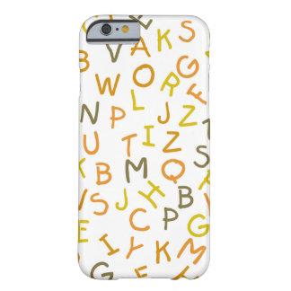 Modelo amarillo y anaranjado del alfabeto funda barely there iPhone 6