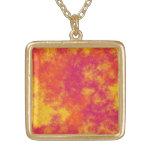 Modelo amarillo y anaranjado rosado enrrollado de  joyería