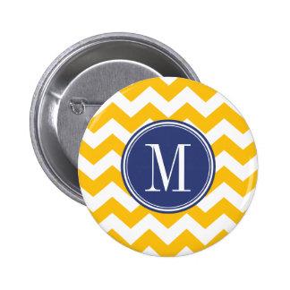 Modelo amarillo y azul de Chevron con el monograma Pin Redondo De 2 Pulgadas