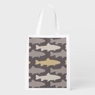 Modelo amarillo y gris de los pescados de la bolsas reutilizables