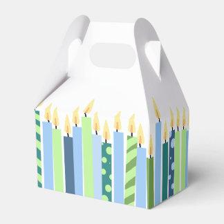 Modelo amarillo y gris de los pescados de la caja para regalos