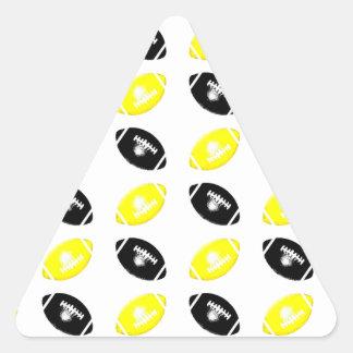 Modelo amarillo y negro brillante del fútbol pegatina triangular