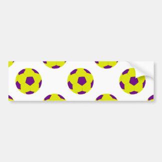 Modelo amarillo y púrpura del balón de fútbol pegatina de parachoque