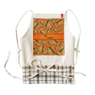 Modelo anaranjado conocido personalizado de la delantal zazzle HEART