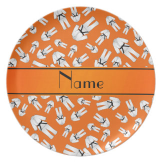 Modelo anaranjado conocido personalizado del plato para fiesta