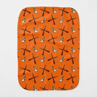 Modelo anaranjado de la caza del pato paños de bebé