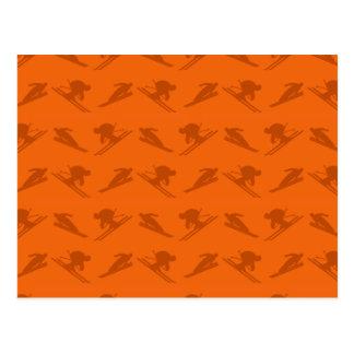 Modelo anaranjado del esquí postal