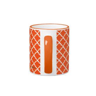 Modelo anaranjado del teñido anudado taza a dos colores