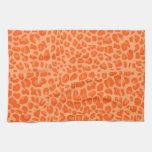 Modelo anaranjado en colores pastel del estampado  toallas