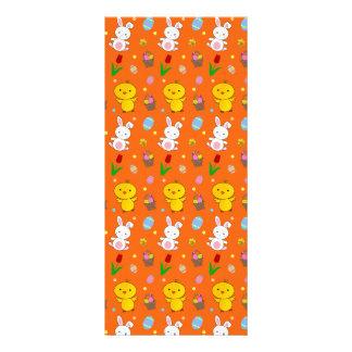 Modelo anaranjado lindo de pascua de la cesta del  tarjeta publicitaria personalizada