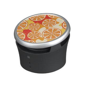 Modelo anaranjado retro de la fruta cítrica altavoz con bluetooth
