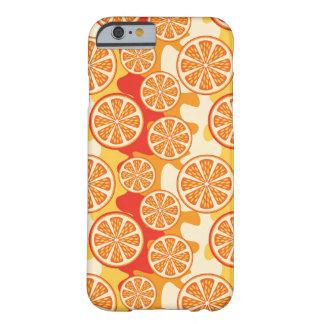 Modelo anaranjado retro de la fruta cítrica funda para iPhone 6 barely there