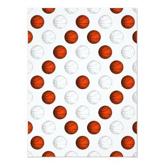 """Modelo anaranjado y blanco del baloncesto invitación 5.5"""" x 7.5"""""""