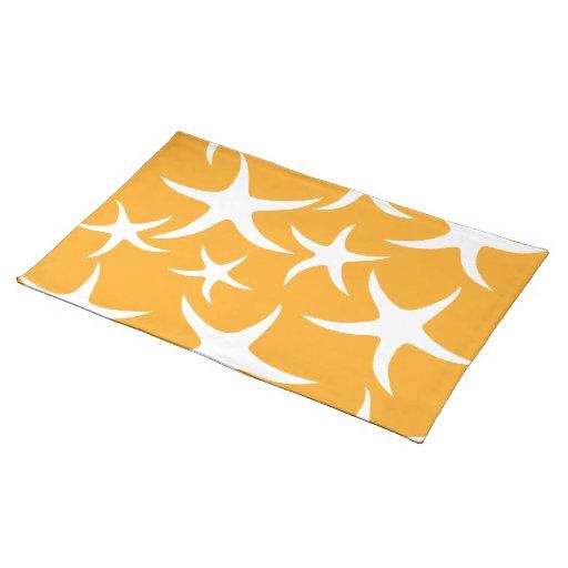 Modelo anaranjado y blanco soleado de las estrella mantel individual