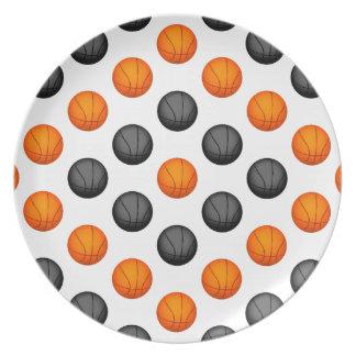Modelo anaranjado y gris del baloncesto plato