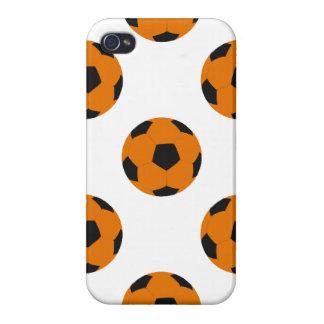 Modelo anaranjado y negro del balón de fútbol iPhone 4 protector