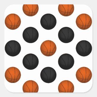 Modelo anaranjado y negro del baloncesto pegatina cuadrada