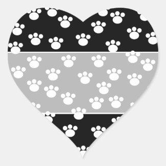 Modelo animal blanco y negro de la impresión de la pegatina en forma de corazón