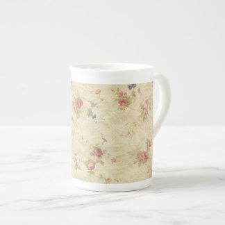 Modelo apenado de la tela de los rosas del vintage taza de porcelana