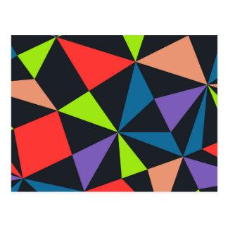 Modelo asimétrico colorido del triángulo tarjeta postal