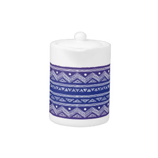 Modelo azteca azul y violeta profundo