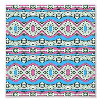 Modelo azteca del estilo en colores en colores cojinete