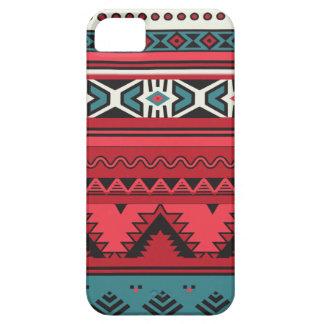 Modelo azteca inspirado por el diseño ruso del iPhone 5 funda