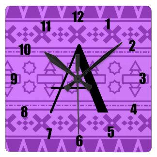 Modelo azteca púrpura en colores pastel del monogr reloj de pared