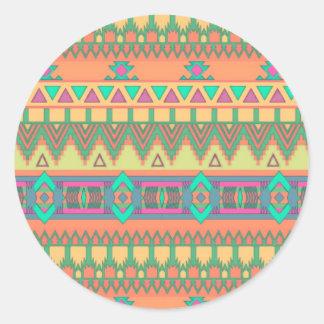 Modelo azteca tribal de Ikat del zigzag colorido Etiquetas Redondas