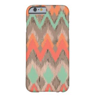 Modelo azteca tribal de madera del ikat del zigzag funda de iPhone 6 barely there