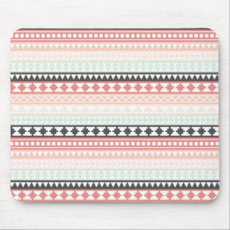 Modelo azteca tribal del trullo, rosado y gris mouse pad