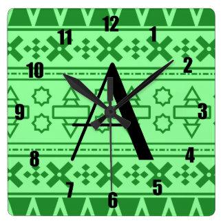 Modelo azteca verde claro del monograma reloj