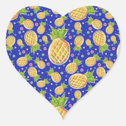 Modelo azul amarillo en colores pastel de la piña pegatina en forma de corazón