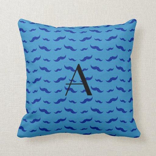 Modelo azul brumoso del bigote del monograma cojin