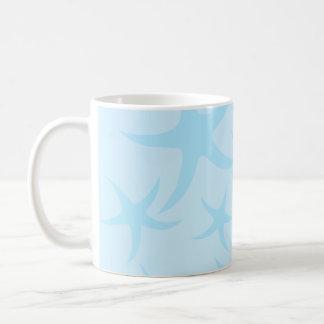 Modelo azul claro de las estrellas de mar taza básica blanca