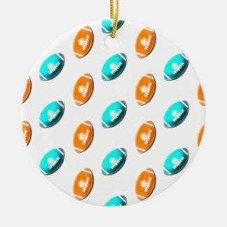 Modelo azul claro y anaranjado del fútbol adorno navideño redondo de cerámica