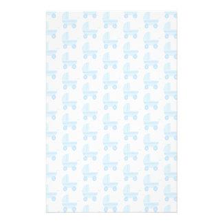 Modelo azul claro y blanco del cochecito de bebé tarjeta publicitaria